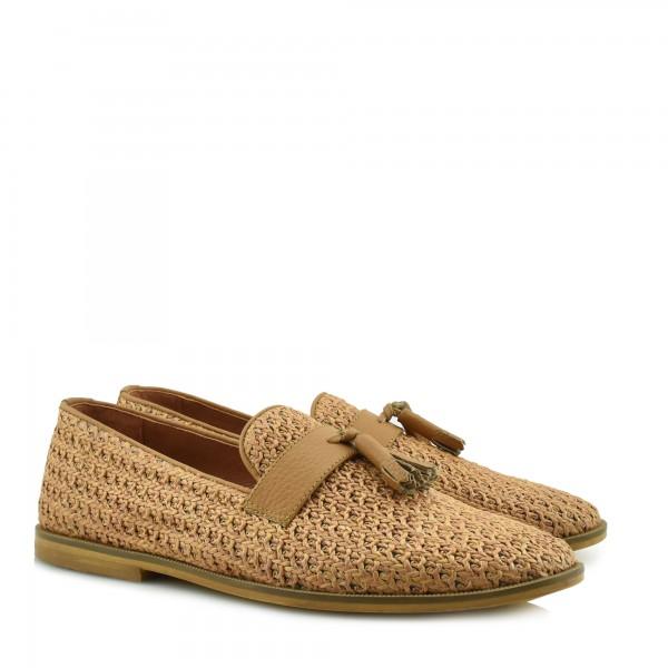 3c4747bee2d Νέες αφίξεις σε επώνυμα παπούτσια, νέες παραλαβές, νέες κυκλοφορίες! DION  Shop