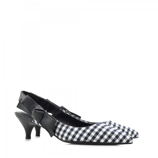 9cb95a6617f3 Προσφορές σε επώνυμα παπούτσια online Stock! DION Shop